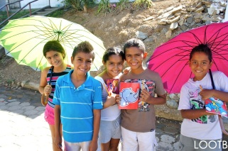 Giving notebooks and pencils to kids in Nicaragua!