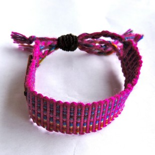life out of the box bracelet embrace available on lootb.com!