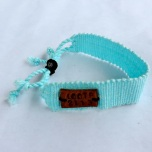 Life Out of the Box bracelet Sky available on lootb.com